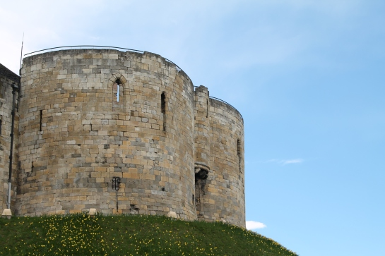 yorkCliffords tower (2)