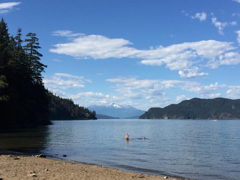 harrison-lake-sandy-cove